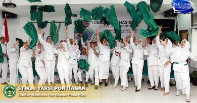 """Yudisium STIKes Yarsi Pontianak, 30 Mahasiswa Non Reguler Sandang Predikat """"Best Of"""""""